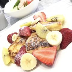 バランスのいい食事/子どものいる暮らし/毎日ブランチ/フルーツ/おうちカフェ/手作りフレンチトースト/... 我が家の朝ごはん定番、フレンチトースト&…