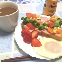 朝食/彩り鮮やか/至福のひととき/わたしのごはん/フォロー歓迎 本日の朝食 色合い良いので1枚、パシャリ…(1枚目)