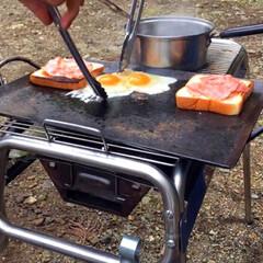 キャンプ飯/レシピ/ベーコン/たまご/野菜/サンドイッチ/... こないだのキャンプで作ったサンドイッチ🥪…(6枚目)