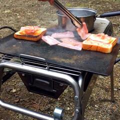 キャンプ飯/レシピ/ベーコン/たまご/野菜/サンドイッチ/... こないだのキャンプで作ったサンドイッチ🥪…(5枚目)