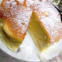 スフレチーズケーキ/簡単ケーキ/おやつ 定番のベイクドチーズケーキから スフレチ…