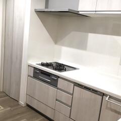 ホワイトインテリア/見た目スッキリ/limiaキッチン同好会 キッチンに、色々置いてたもの、全部住所を…