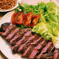 ステーキ/ニンニクチップ/料理男子/LIMIAごはんクラブ/旦那飯/おうちごはん/... おはようございます。  【本日の旦那飯】…