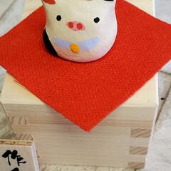 干支飾り 干支飾りが出来ました。 小さな枡を作り牛…(3枚目)