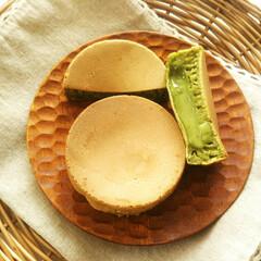 抹茶/カスタードクリーム/今川焼/ホワイトチョコレート/グルメ 抹茶生地に抹茶クリームを入れた今川焼を作…