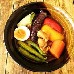 スープカレー/なす/パプリカ/鶏肉/トマト/夏野菜/... この時期の我が家の定番メニューのひとつで…
