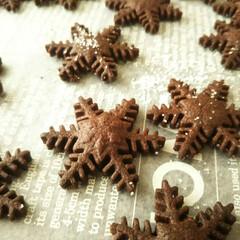 クリスマス/雪/ココア/クッキー クリスマス時期にぴったりな、雪の型で抜い…
