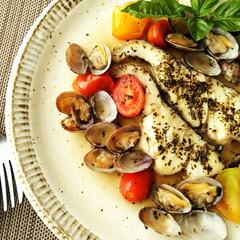 ごはん/アクアパッツァ/魚介 魚介のアクアパッツァです。 市販のソース…
