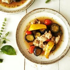 イタリアンソテー/パプリカ/ミニトマト/なす/鶏肩肉/バジル 鶏肩肉・なす・ミニトマト・パプリカを、ス…