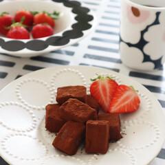 マリメッコ ディーププレート ラシィマット marimekko RASYMATTO 99 109 | marimekko(皿)を使ったクチコミ「豆腐スイーツ 生チョコ作りました♫ 生ク…」