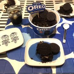 食後のデザート/イッタラ/マリメッコ/オレオケーキ/オレオ/おやつ 夜のデザート🎵 オレオのケーキを見つけた…
