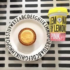 デザインレターズ メラミン ディナープレート スモール 20cm/DESIGN LETTERS(ベビー食器)を使ったクチコミ「バタバタな朝の朝ごはん ベイクドチーズケ…」(1枚目)
