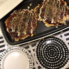 デザインレターズ メラミン ディナープレート スモール 20cm/DESIGN LETTERS(ベビー食器)を使ったクチコミ「今日の夜ごはんはお好み焼き ホットプレー…」