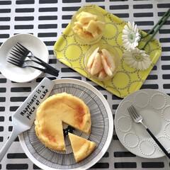 イッタラ iittala ティーマ ホワイト 007248 プレート 15cm | イッタラ(皿)を使ったクチコミ「昨日のおやつ◷ 休日のおやつ チーズケー…」