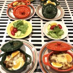 イッタラ オリゴ プレート 20cm オレンジ(皿)を使ったクチコミ「夜ごはんは残り物救済メニュー😋 ドリア🥄…」