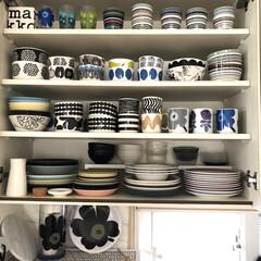marimekko KESTIT 250mL ボウル ブルー 34 | marimekko(皿)を使ったクチコミ「カップボード収納  北欧食器が好きで結婚…」(1枚目)