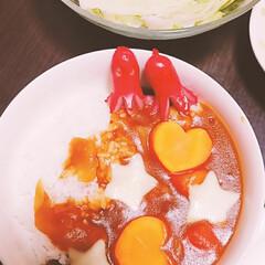 おうちごはん/カレーリメイク/カレーアレンジ/カレー大好き/ここにもカレー/うちのカレー 子供が喜ぶように可愛く飾り付け♪(1枚目)