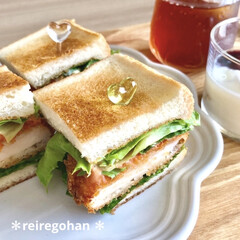 アミューズ・ブッシュ ボデガ 7.10860(皿)を使ったクチコミ「朝ごぱん🥪  旦那リクエストで サンドイ…」