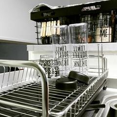 100均/セリア/ウォーターボトル/食器置き/キッチン雑貨/水切りカゴ/... いつもお皿たちは食器乾燥機に お任せして…