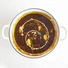 おうちごはん/おうち時間/時短料理/カレー/ガーリック/ルクルーゼ/... ルクルーゼで作る、スプラウトガーリックを…