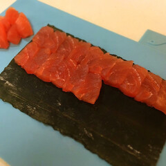 おうちごはん/うちの定番料理 釣ったお魚や山菜を昆布じめにしてます。 …(3枚目)