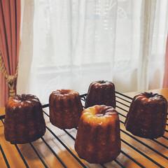 おうちカフェ/おうちお菓子/カヌレ/limiaキッチン同好会/暮らし 手作りカヌレ😍 大好物なので自分でも作り…