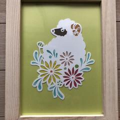 DAISOの写真立て/切り絵 初切り絵 マーガレットと羊🐏🌱