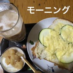 モーニングセット/猫/めん/黒猫/にこ/くろ/... 今日はゆっくり朝ご飯💕昨日はバタバタした…