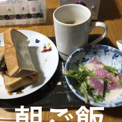 朝ご飯/にこ/めん/猫/くろ/黒猫/... おはようございます😊 なんかどんよりした…(2枚目)