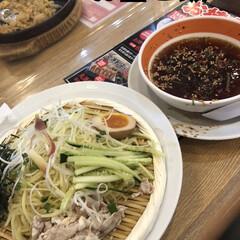 お昼ご飯 久しぶりの外食😋 あまりに暑いのでつけ麺…(1枚目)