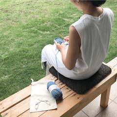 快適グッズ/ニット/編み物/ワークショップ/衛生/清潔/... お庭のベンチで編み物🧶 水洗いも出来るの…