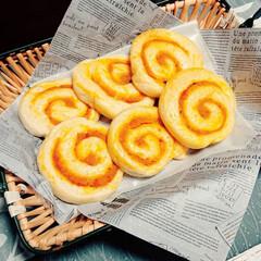 かぼちゃパン/手作りぱん かぼちゃがたくさんあるので、かぼちゃのロ…