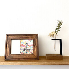 古材/ポストカード立て/ポストカードホルダー/ポストカード/アート/ドライフラワーの飾り方/... 小窓や玄関などの小さなスペースに。 ドラ…