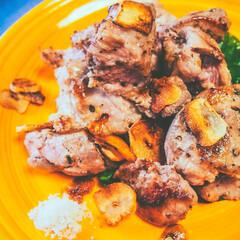 おうちごはん/豚肉料理/ご飯がすすむ/おかず/おかずレシピ/簡単おかず/... 「豚肩ロースのサイコロステーキ」  豚の…
