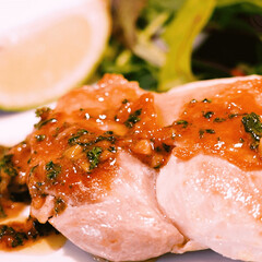 鶏肉レシピ/鶏もも肉/鶏肉料理/おうちごはん/おうちレストラン/おかずレシピ/... パリッと黄金色の皮をまとった、肉汁あふれ…
