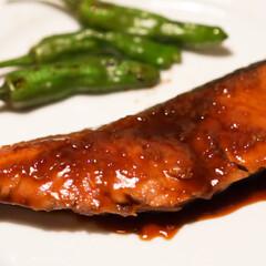 キッチン家電/魚料理/ぶり照り/ぶりの照り焼き/ボニーク/boniq/... 低温調理で作る「ぶりの照り焼き」  少な…(1枚目)