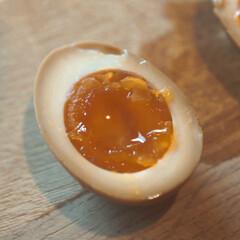 おうちごはん/たまご/半熟煮卵/煮卵/付け合わせ/おいしいごはん/... 「半熟煮卵 漬け込み時間比較実験」レシピ…