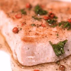スタミナ丼/夏に向けて/スタミナ飯/スタミナ盛り/メカジキのソテー/魚料理/... 「しっとりやわらかなメカジキのソテー 焦…
