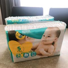 赤ちゃんのいる暮らし/赤ちゃんグッズ/ラク家事/収納アイデア/おむつ収納/収納/... おむつ収納も手間なしで♪  ボックスに詰…