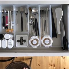 クチポール GOA ディナー フォーク スプーン セット   クチポール(その他キッチン、日用品、文具)を使ったクチコミ「カトラリーはキッチン背面収納の1番上。 …」(2枚目)