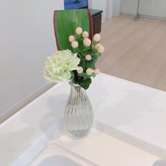 ELPA オートディスペンサー泡タイプ ESD-05AS   エルパ(その他スキンケア、フェイスケア)を使ったクチコミ「お花のある暮らしを取り入れてみました♥︎…」(2枚目)