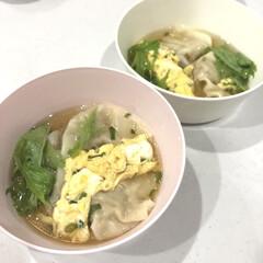 子供メニュー/夜ご飯/ワンタンスープ/ワンタン/簡単/時短レシピ 子供達が大好きなワンタンスープ✨ 溶き卵…