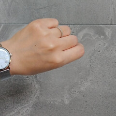 100均アイテム/100均リメイク/プチプラコーデ/ダイソー購入品/DAISO/プチプラ雑貨/... *DAISOの高見えおしゃれ腕時計* ↓…