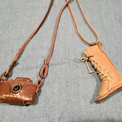 プレゼント/ブーツ/カメラ/革製品/手作りアクセ 姉からのプレゼント。 よく手作り交換して…