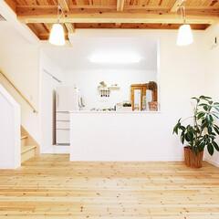 子育て住宅/注文住宅/無垢材/自然素材/YK建物 無垢材の床に刻まれる、子どもたちの軌跡 …