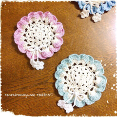 crochet/編み物大好き/編み物/お花のコースター/編み雑貨/かぎ針編み/... ふりふりお花のコースターが続きます( ˶…