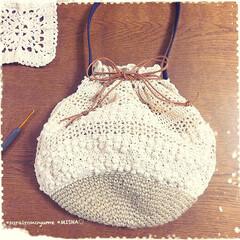 巾着バッグ/タコ糸編み/麻ひもバッグ/かぎ針編み/編み雑貨 麻ひも×タコ糸編みの巾着バッグです。  …(4枚目)