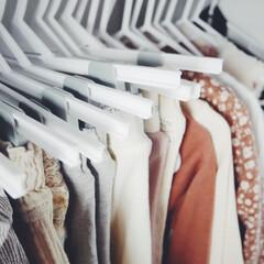 ベビー用品/ベビーグッズ/子供服収納/洋服収納/収納/西松屋/... 西松屋で買った子供用ハンガー。特にズボン…
