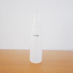 アルコール/虫除け/ハッカ水/ハッカ油スプレー/暮らし アルコール、ハッカ油、水の3つを混ぜたス…