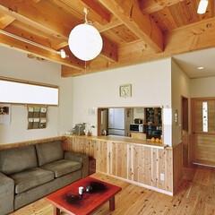 自然素材/無垢材/無垢杉/完全自由設計/注文住宅/暮らし/... . ~床、天井、羽目板、扉と  全てに無…